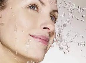 В результате процедуры кожа увлажнена и напитана, морщины разглажены, влаго удерживающая способность кожи повышена, барьерная функция улучшена.